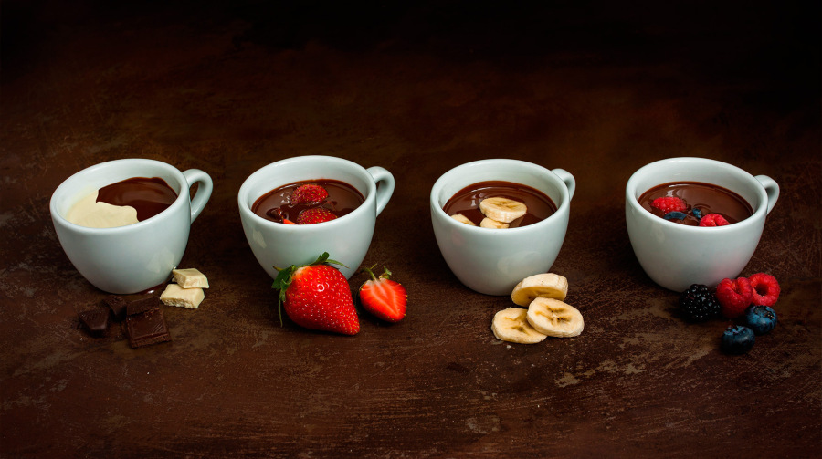 Hot chocolate with fruits and roasted nuts